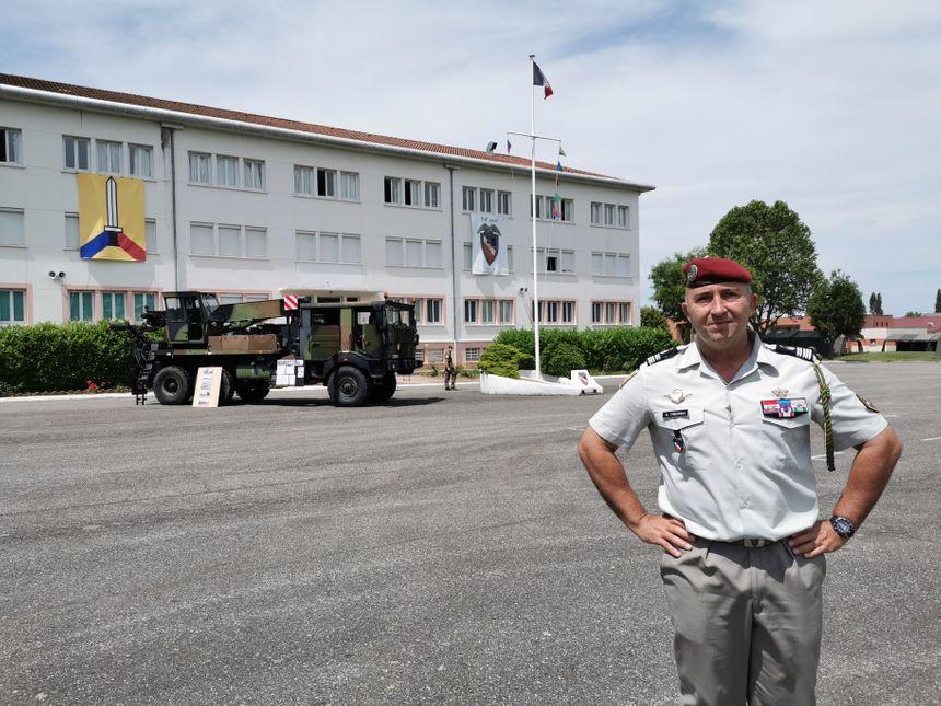Le colonel Gérald Friedrich commandant du 14e régiment d'infanterie et de soutien logistique parachutiste