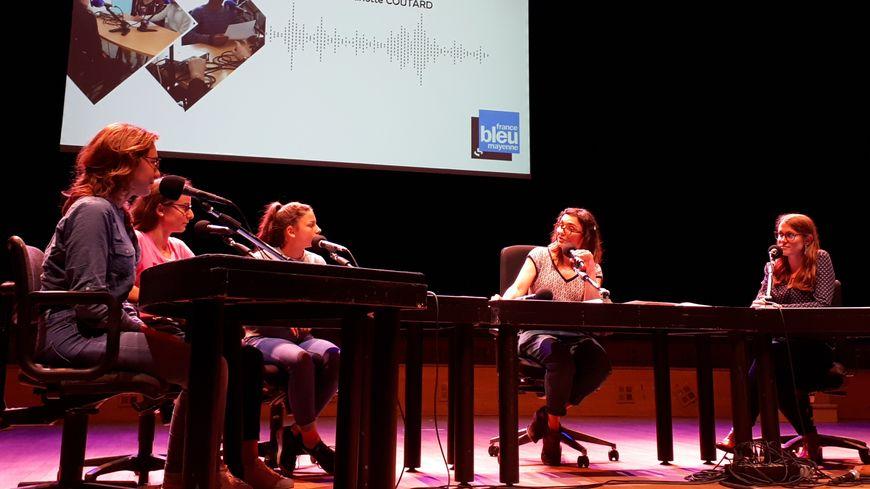 Les collégiens de Grez-en-Bouère ont présenté leurs reportages à la maison de la radio.