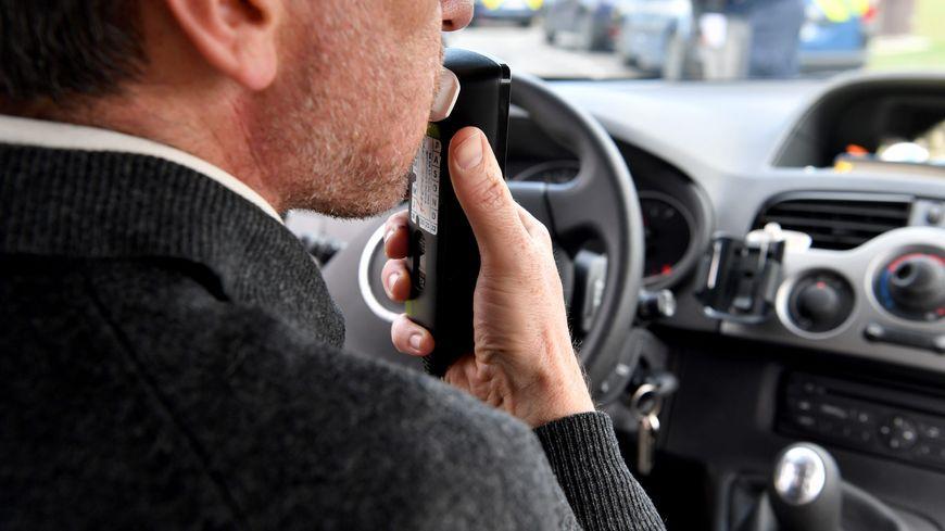 Les éthylotests intégrés dans le véhicule empêchent le conducteur  de démarrer en cas d'alcoolémie positive