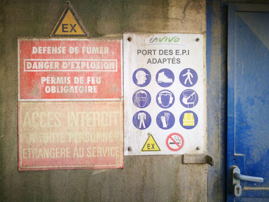 A l'entrée de chaque zone, des panneaux donnent des indications sur les précautions à prendre