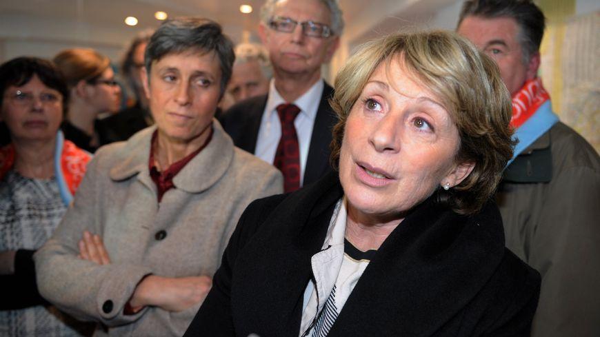 Le préfet du Tarn-et-Garonne a saisi en référé le tribunal administratif contre la décision de Brigitte Barèges, la maire de Montauban, qui bloque l'ouverture d'un centre pour SDF