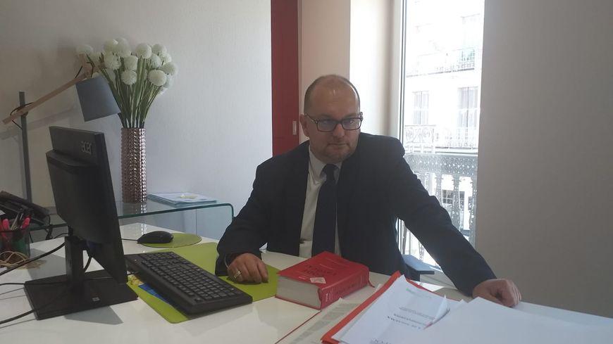 Me Yvan Flaud, le bâtonnier de la Drôme, assigne l'Etat en justice