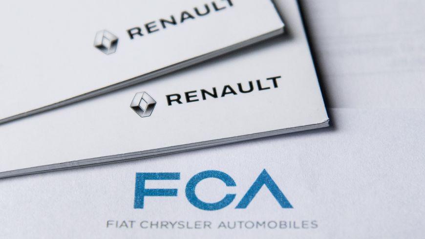 Le ministre de l'Economie, Bruno Le Maire, a pris acte jeudi de la décision de Fiat Chrysler Automobiles (FCA) de retirer son projet de fusion de 30 milliards d'euros avec Renault.