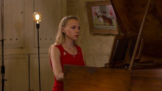 Olga Pashchenko (Clavecin) joue Scarlatti dans le cadre de l'enregistrement de l'intégrale des sonates par France Musique au château de Flamarens (Gers) le 19 juillet 2018.