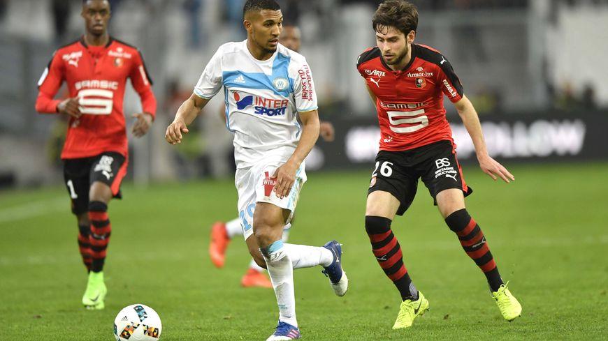 La dernière saison complète du milieu remonte à son passage à l'OM, en 2016-17, avec 29 matchs de Ligue 1.