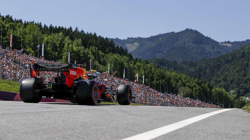 Pierre Gasly (Red Bull) distancé par les leaders ce dimanche au pied des montagnes autrichiennes