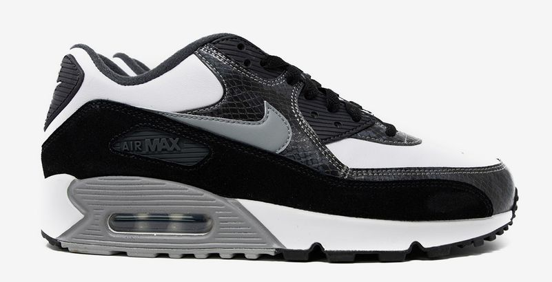 sold worldwide fashion styles super quality Nike ressort une version culte de la Air Max 90 pour la ...
