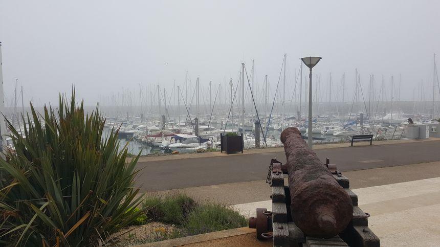 La mer devant Port Bourgenay, vendredi matin vers 9 heures.