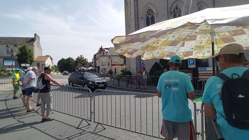 Il faisait très chaud pendant le contre la montre du championnat de France de cyclisme.