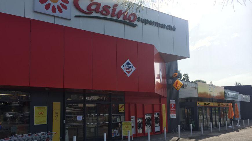 Le supermarché Casino d'Idron, braqué ce vendredi soir.