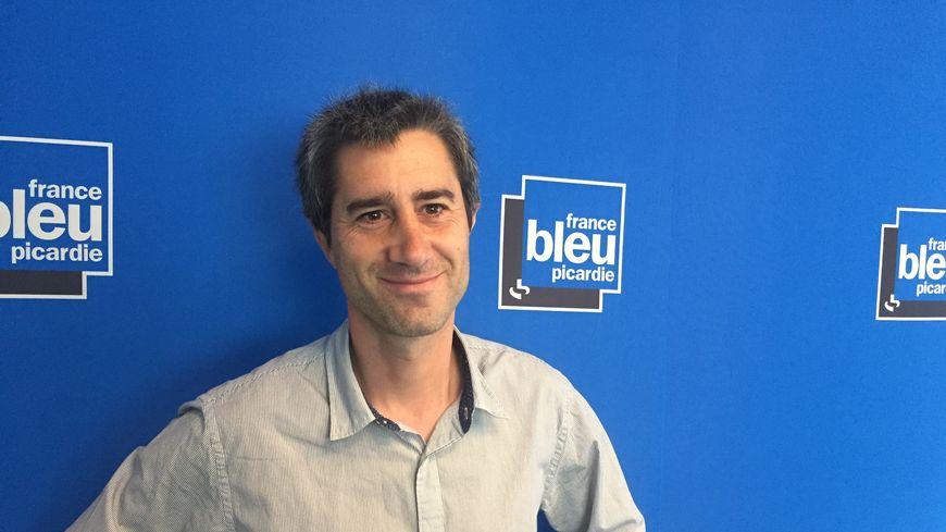 François Ruffin dans le studio de France Bleu Picardie.