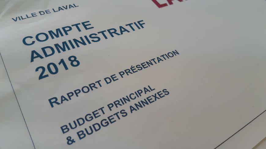 Les débats sur les comptes administratifs ont duré plus d'une heure au conseil municipal de Laval ce Lund soir