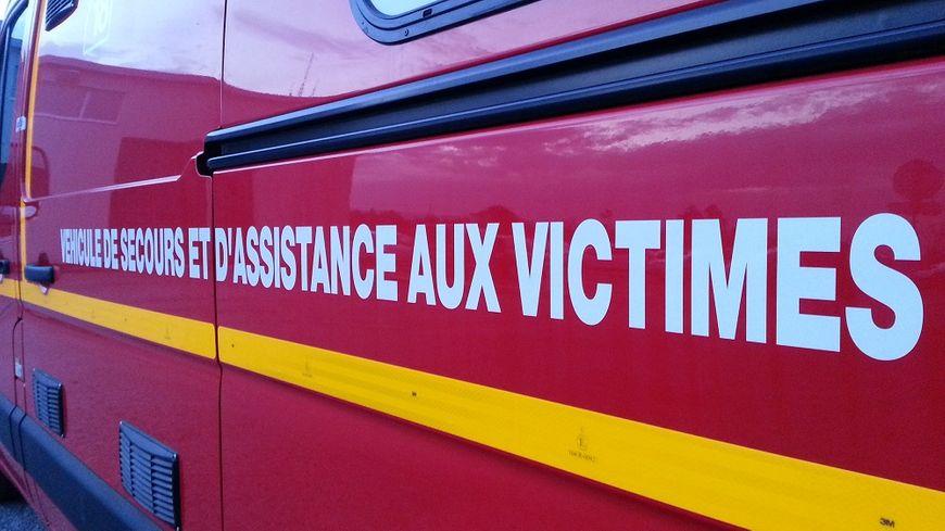 Les pompiers de la Drôme ont été appelés vers 4 heures du matin pour cet accident mortel à Beauregard-Baret