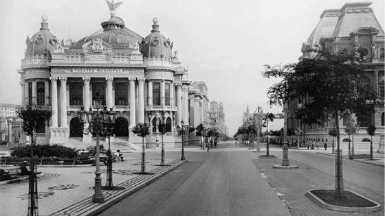 Théâtre de Rio dans lequel joua Louis Jouvet et qui accueillit également Billy The Kid