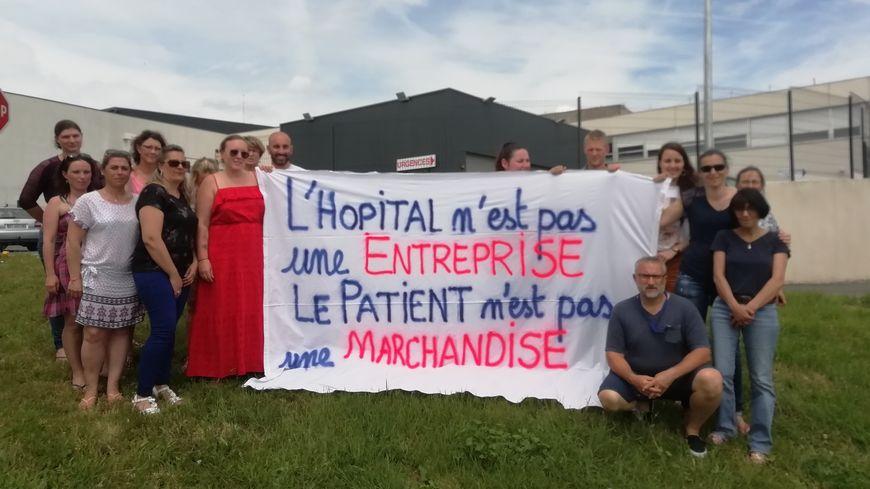 Le personnel se rassemble ce jeudi à 14h devant le service des urgences de l'hôpital de Bergerac