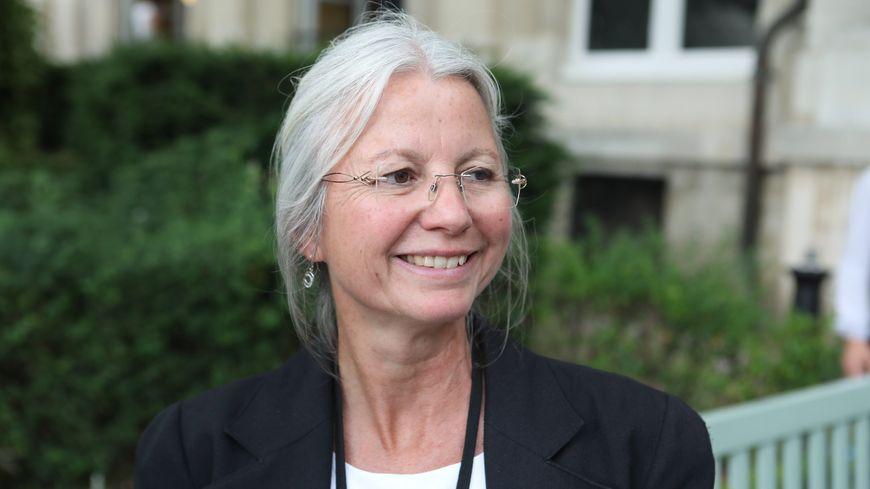 """Agnès Thill, députée de l'Oise, exclue d'En Marche pour ses propos """"pernicieux"""" sur la PMA."""
