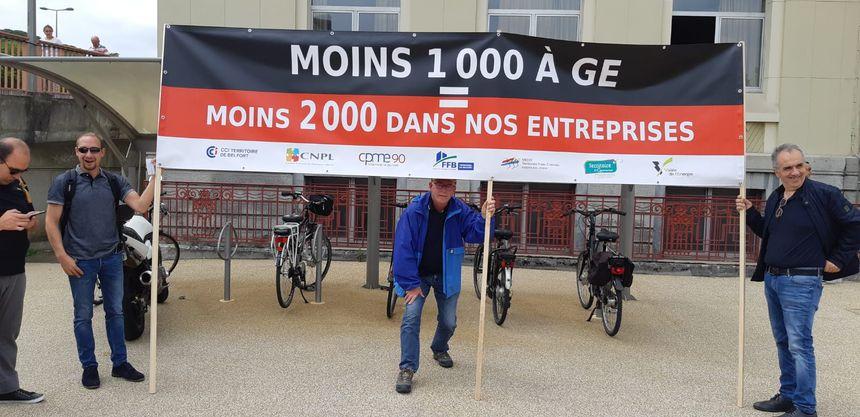 CCI, CPME 90 et Medef Franche-Comté : une banderole commune pour défendre l'emploi local.