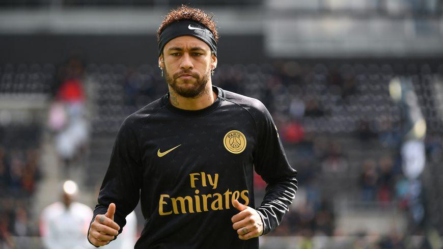 Neymar à l'entrainement avec le PSG