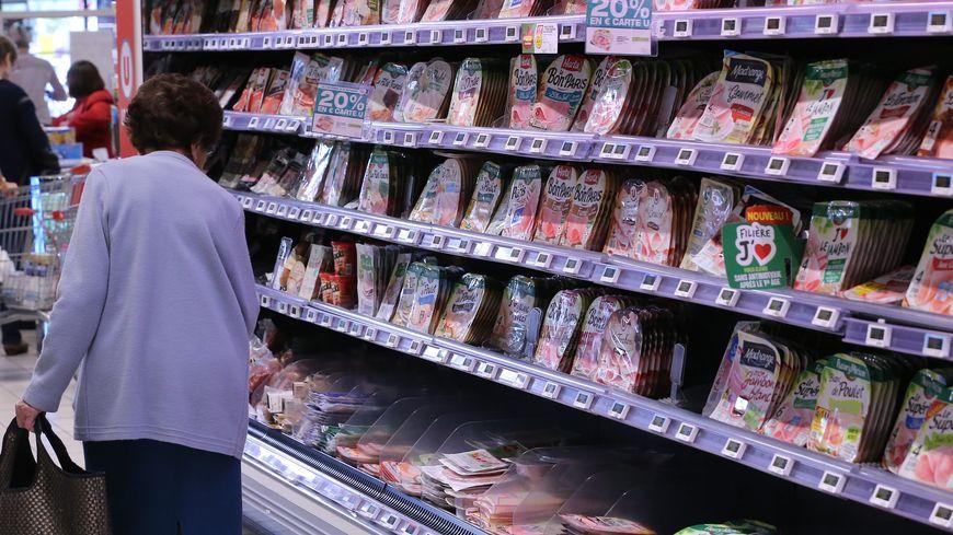Un rayon charcuterie d'un supermarché (photo d'illustration).