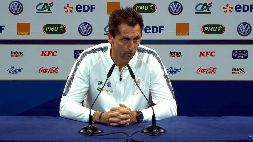 Philippe Joly, l'entraîneur adjoint des Bleues