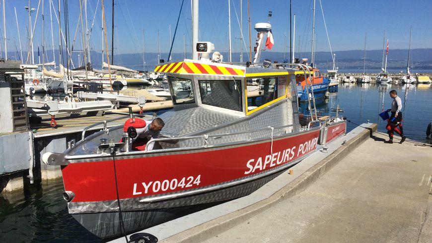 Un bateau en aluminium conçu spécialement pour les secours sur le Léman