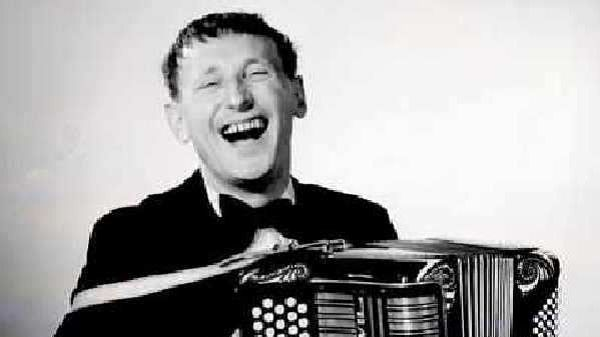 Bourvil : ambassadeur des accordéons Maugein