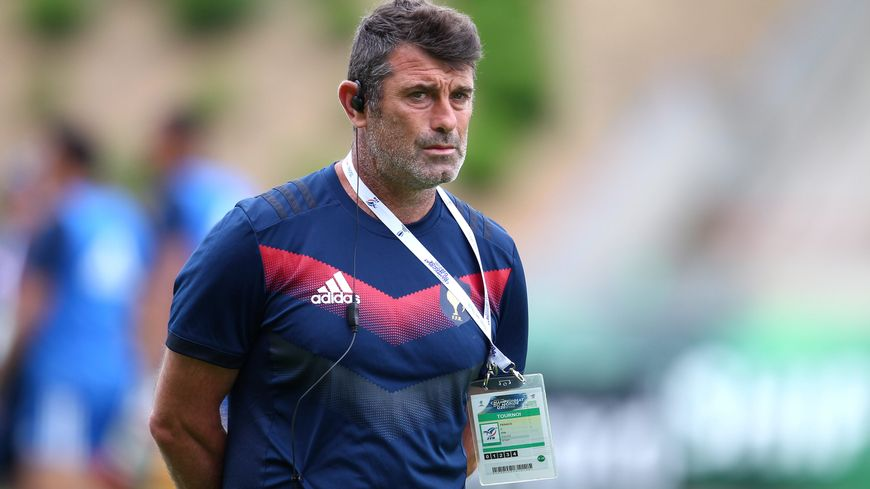 Le futur coach du Stade Montois Rugby revient dans les Landes avec un deuxième titre de champion du monde des moins de 20 ans.