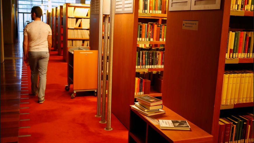 Copies du Bac disparues à la BNF : deux mallettes avaient été échangées