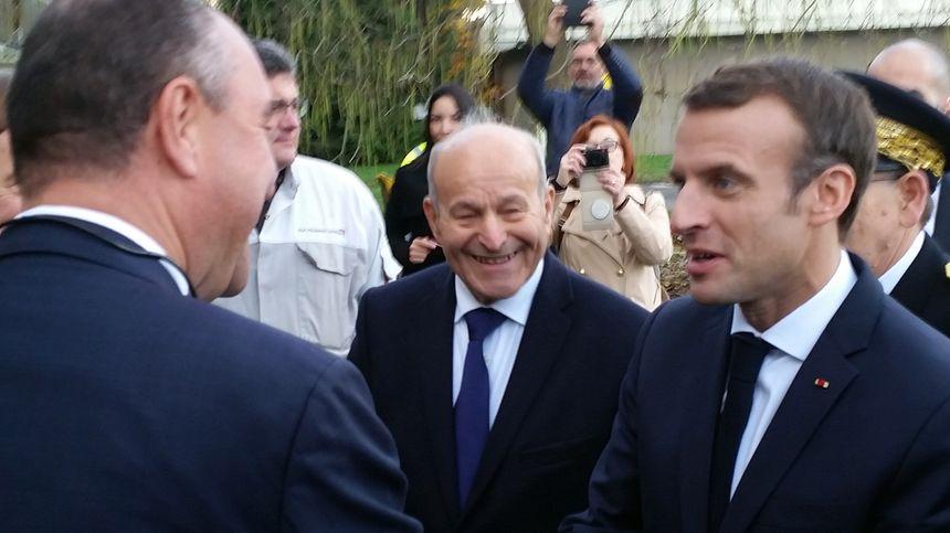 Issad Rebrab et Emmanuel Macron, le 7 novembre 2018 à Charleville-Mézières