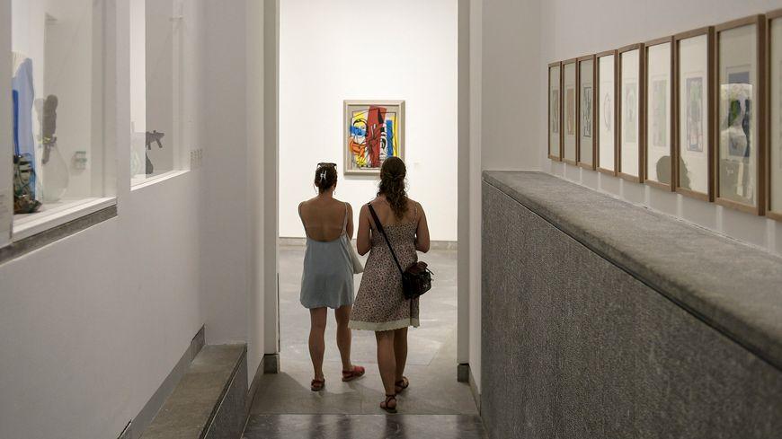 Parmi les lieux où se mettre au frais : les musées, souvent climatisés