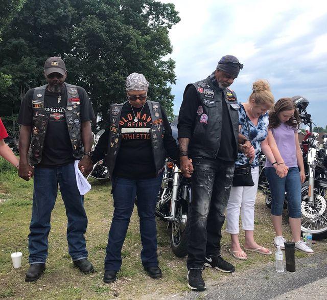 La Freedom Biker Church est dédiée aux bikers, et se veut être un lieu qui leur ressemble