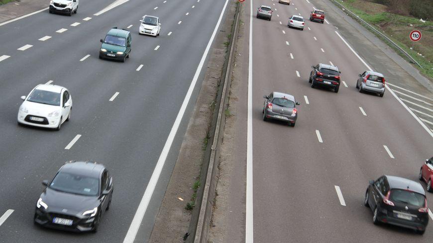 Le trafic routier est en partie à l'origine de la pollution par l'ozone.