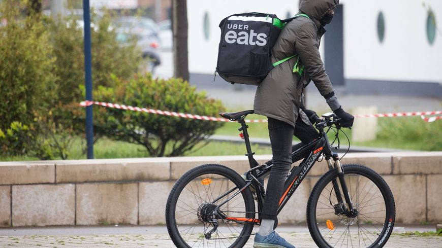 12 coursiers à vélo sont pour l'instant partenaires de l'entreprise américaine à Granville