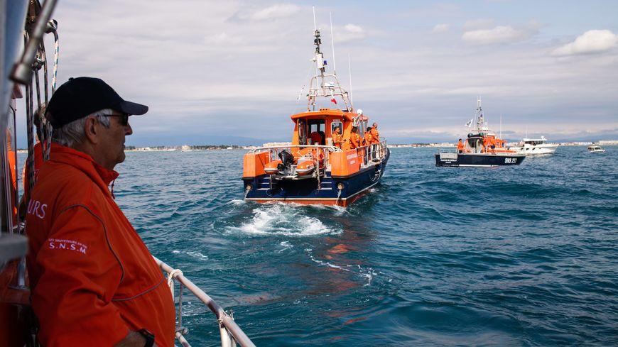 Comme lors de l'hommage national (photo ci-dessus), le naufrage des sauveteurs de la SNSM des Sables-d'Olonne a provoqué beaucoup d'émotion