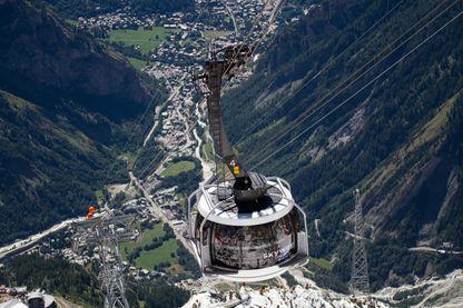 Skyway Monte Bianco, le téléphérique pour toucher le toit d'Europe.