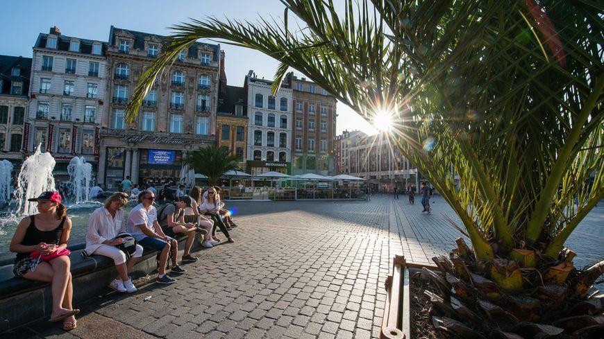 Météo France annonce 34 degrés à Lille mercredi, l'une des journées les plus chaudes de la semaine.