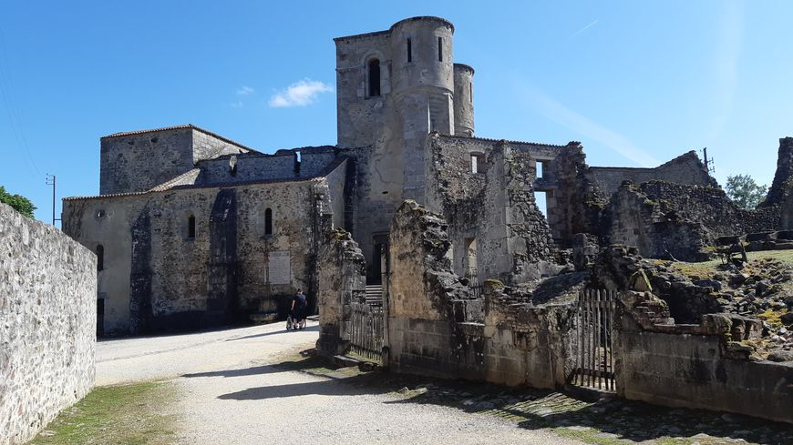Oradour-sur-Glane : 75 ans après le massacre se pose la question de la  conservation des ruines