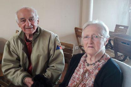 Henri Houivet et Simone Lemiere racontent leur 6 juin à Béatrice Dugué