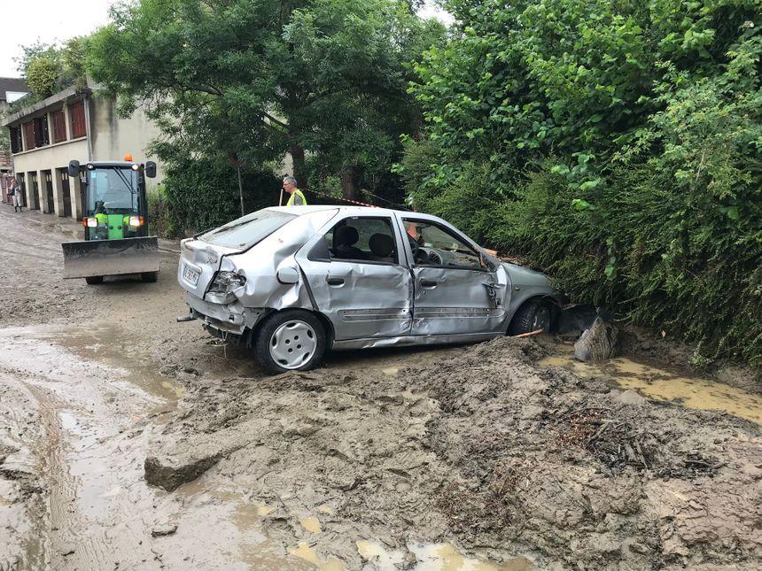 La rue Papin à Lisieux a sérieusement été touchée par les inondations