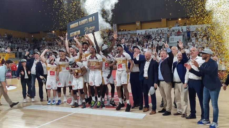 Orléans Loiret Basket remporte la finale des Playoffs der Pro B