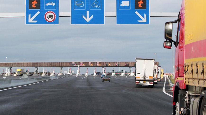 Le péage de Saugnac-et-Muret, sur l'autoroute A63, serait sur le tronçon de l'expérimentation.