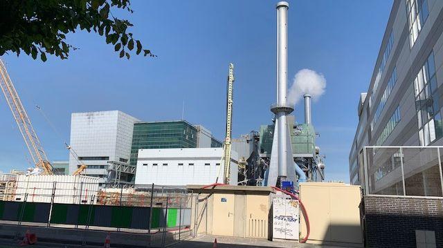 Le centre d'incinération des déchets du Syctom, à Ivry-sur-Seine