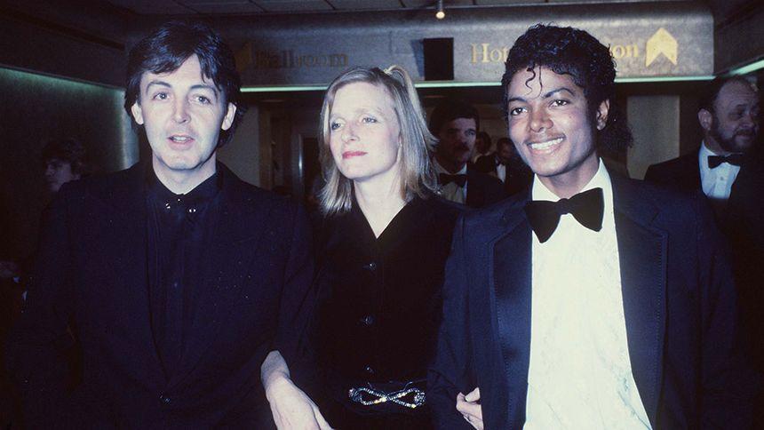 Paul et Linda McCartney et Michael Jackson
