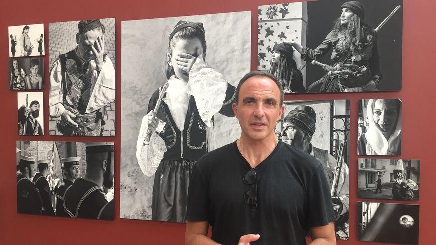 """L'exposition """"Missolonghi, la ville de mes ancêtres"""" de Nikos Aliagas est visible jusqu'au 13 octobre 2019."""
