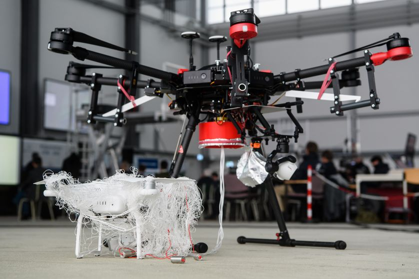 """Drones : """"Notre prochain défi : pouvoir différencier les appareils """"amis"""" des drones illicites"""""""