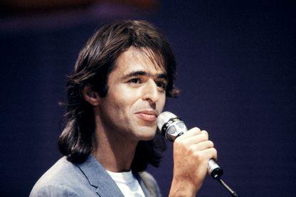 Jean-Jacques Goldman, musicien, auteur-compositeur et interprète, le 7 janvier 1987 à Bordeaux (France).