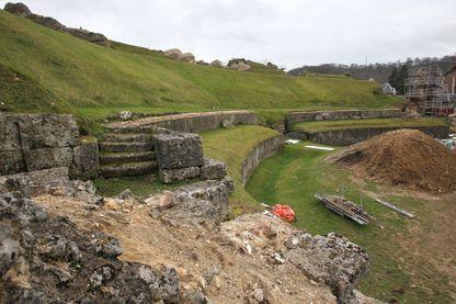 À Lillebonne, site sur lequel une nécropole romaine a été dégagée par l'archéologue de l'Institut national de recherches archéologiques préventives (Inrap).