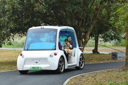 Les voitures autonomes sont notamment en question : comme l'algorithme prendra-t-il des décisions d'ordre moral ?