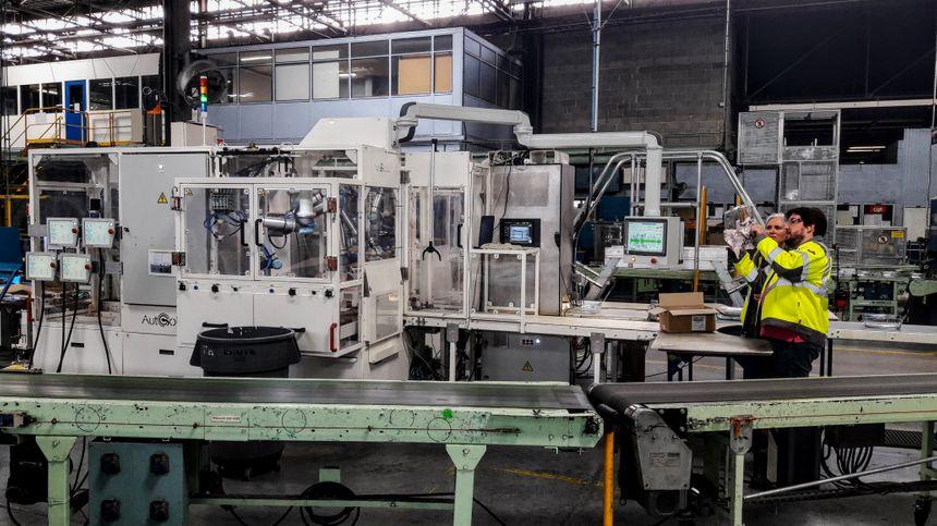 La première cellule robotisée pour l'automatisation du packaging des produits Pyrex a nécessité 2 ans de recherche et développement et plusieurs centaines de milliers d'euros investis
