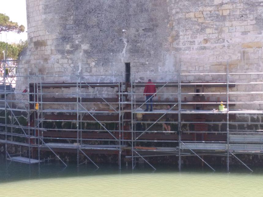 Travaux d'urgence sur la Tour Saint-Nicolas